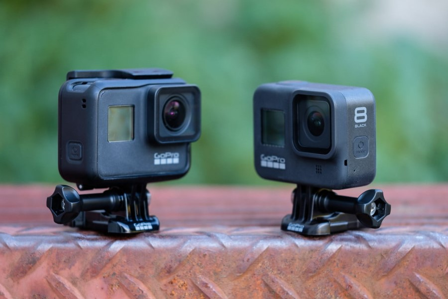 gopro hero 7 vs 8 next to each other